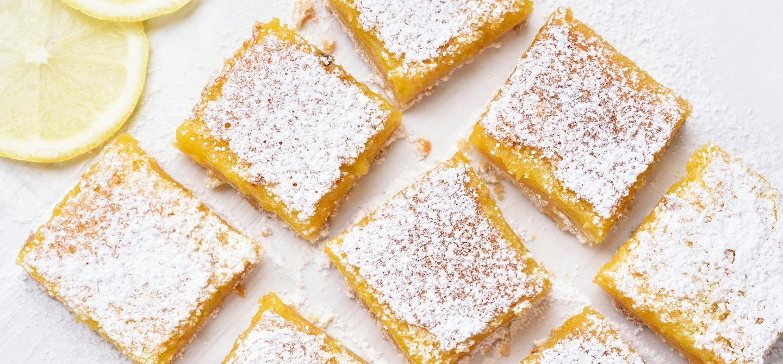Keto lemon bars with powdered sugar for dessert