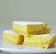 Insanely Tasty Keto Lemon Bars