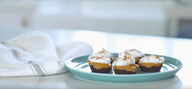 Vegan Pumpkin Cheesecake Bites | The Wellnest by HUM
