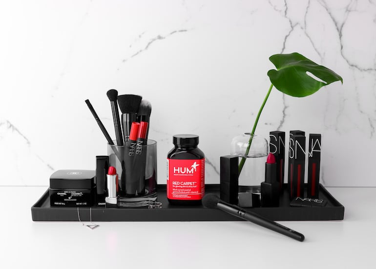 Red Carpet for Hair | The Wellnest by HUM Nutrition
