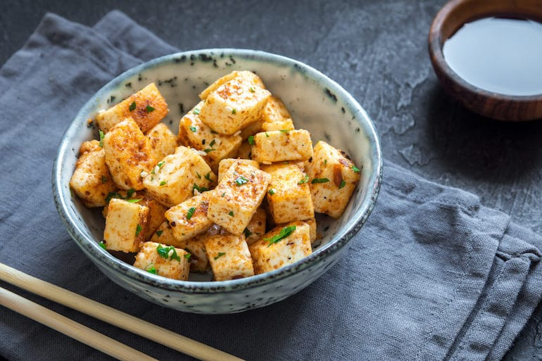 Vegan One Week Meal Plan Tofu | The Wellnest by HUM Nutrition