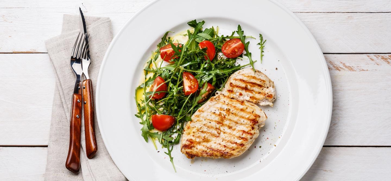 Easy Chicken Paillard Recipe | The Wellnest by HUM Nutrition
