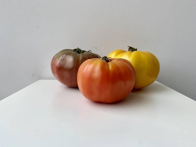 Heirloom Tomatoes - The Wellnest by HUM Nutrition
