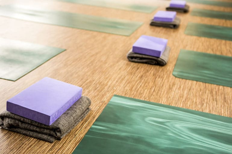 Yoga Studio - Yoga Etiquette - The Wellnest by HUM Nutrition