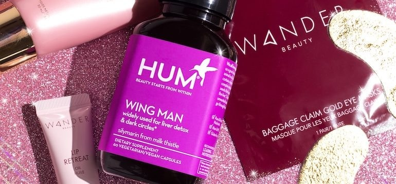 HUM Nutrition Wing Man and Wander Beauty Gold Foil Eye Mask