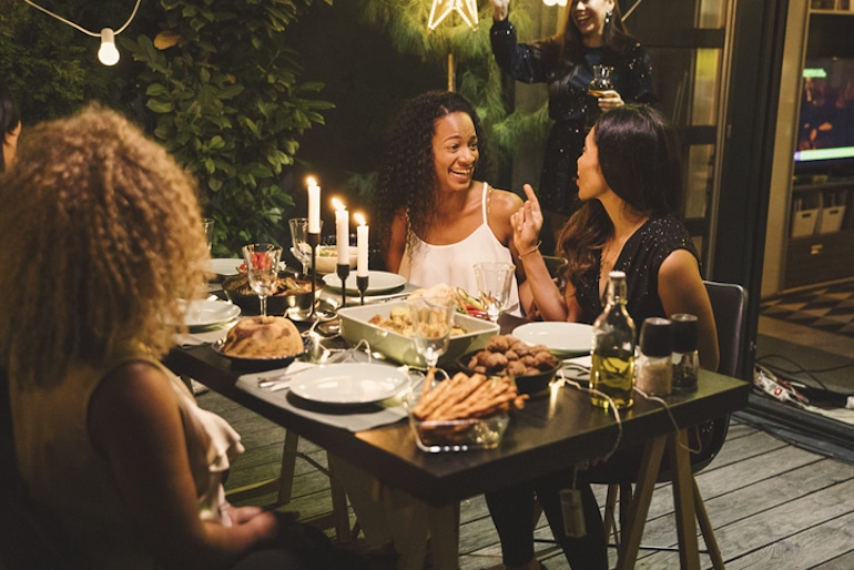 Group of girl friends gathered for Galentine's Day Dinner - The Wellnest by HUM Nutrition