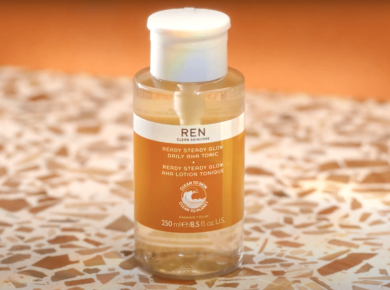 REN Ready Steady Glow Toner with Lactic Acid, perfect for exfoliating sensitive skin
