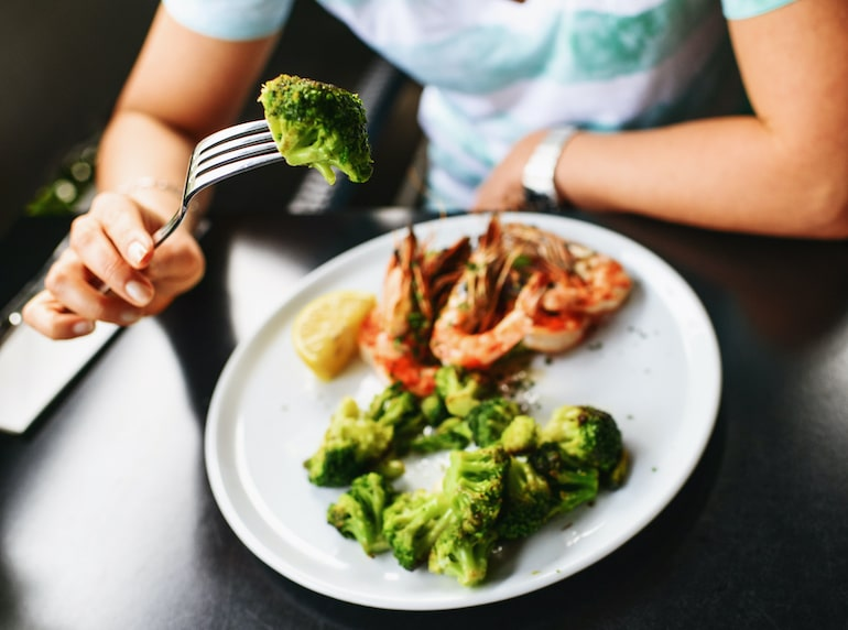 Eating broccoli because for liver health